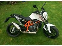 2014 ktm 690 Duke with only 1345 miles supermoto
