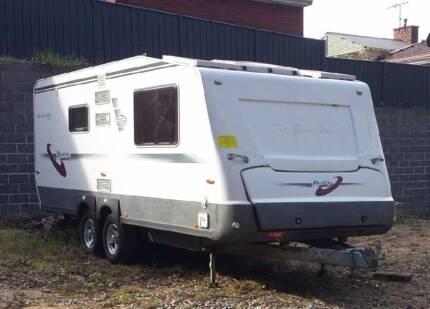 Avan Eurostar 609 Caravan