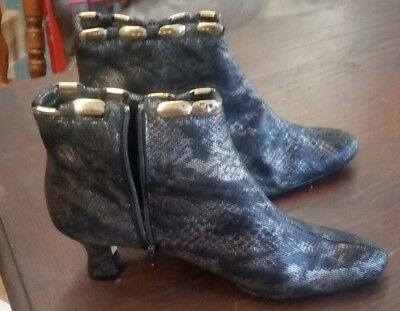 Black Boots With Gold Trim (J. Renee ankle boots size 8 med Elude black with gold)