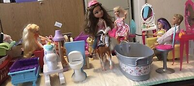 Lot Of 30+ Pieces Barbie Doll Size House Furniture & Accessories Plus 5 Dolls