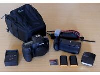 Canon 5d mkIII (Mark 3 / III), battery grip, 2 x batties, lowepro case, 128 gb CF card, Canon flash