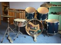 Drum World drumkit