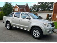 Toyota Hilux. 3.0L Invincible. NO VAT. New Tyres. FSH