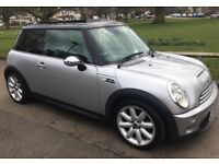 MINI COOPER S WITH EVERY CONCEIVABLE EXTRA FULL SERVICE HISTORY MINI COOPER S