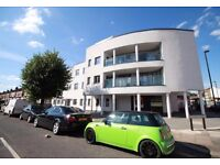 !!!! PRICE REDUCED !!!! BRIGHT AND MODERN 1 BED FLAT IN PERFECT LOCATION, IDEAL FOR COUPLES !!!!