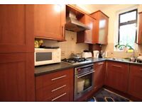 Flat with 3 Bedrooms in NW10 - Available Now - Would Suit Family/ Students - Large Rooms and Storage