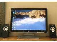 19'' HP Monitor in excellent condition, complete with all leads
