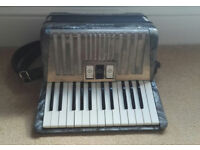 Hohner Student IVM Accordion, 32 bass, German Made, 1960s.