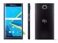BLACKBERRY PRIV LIKE NEW WITH 3 GENUINE BLACKBERRY CASES WORTH £120, AND ONE SKIN WORTH £35 BOXED