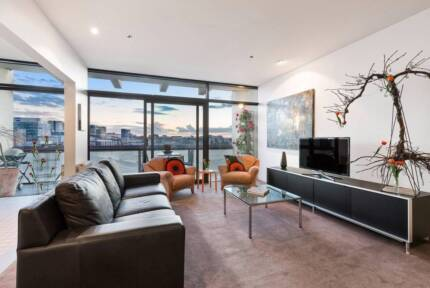 Visually stunning apartment available for short term bookings