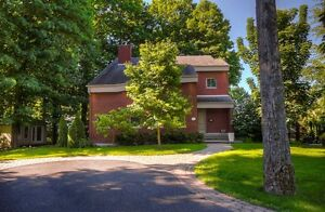 Maison - à vendre - Mont-Saint-Hilaire - 16144206