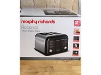 Black Morphy Richards accents 4 slice toaster