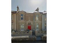 Flat 1, 44 Connaught Avenue - 1 bed flat to rent - Mutley