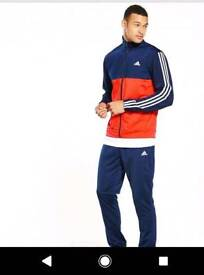 Mens size medium Adidas tracksuit
