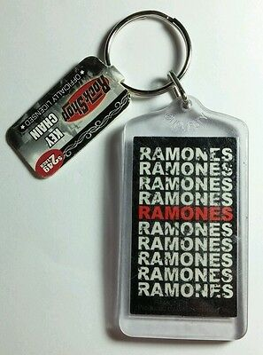 AS-IS RAMONES B&W RED BAND NAME MUSIC KEY CHAIN KEYCHAIN