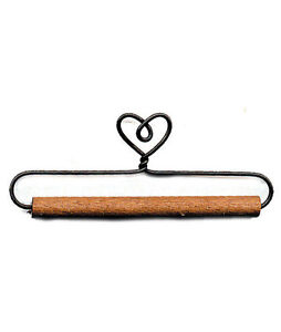 ONE-12-INCH-WIRE-QUILT-HANGER-DOWEL-HOLDER-HEART-TOP-WOOD-DOWEL