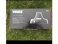 Thule Roof-pack and Roof bars (Jaguar XF)