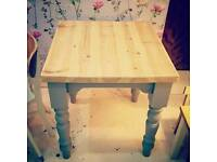 ❤❤❤Shabby Chic 2 Seater kitchen table ❤❤❤