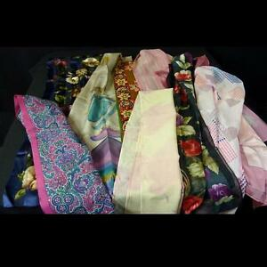 Lot de 25 foulards