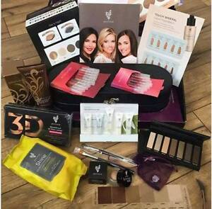 Who wants to buy some Younique Make Up??? Kingston Kingston Area image 3