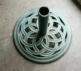 Parasol garden umbrella base round metal solid heavy