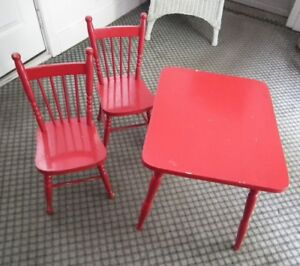 CHILDREN'S TABLE AND 2 CHAIRS Solid Wood Circa early 60's