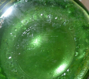 "E O Brooy Glass G109 Green VASE Squat Crinkle 8"" high Kitchener / Waterloo Kitchener Area image 2"