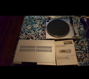 Sanyo turntable and stereo