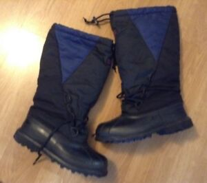 WOW SOREL KAUFMAN INSULATED BOOTS SIZE 6 $35.00