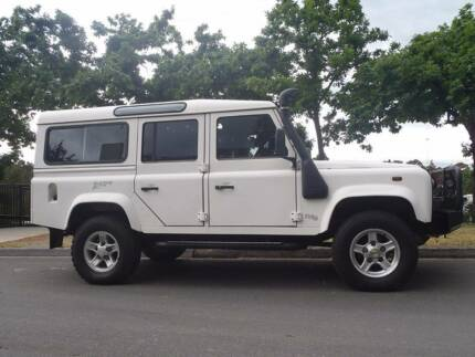 2003 Land Rover Defender 110 Wagon TD5 Xtreme with extras LOW KM