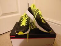 Running Shoes- Saucony Kinvara 8 - Size 9