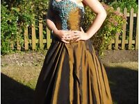 A beautiful two toned one off prom dress for sale along with matching scarf !OPEN TO OFFERS!