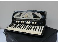 Galanti Super accordion,Italy,5 reed straight/musette tuned in excellent condition ready to play.