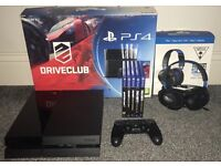 Playstation 4 500gb Boxed with 5 games