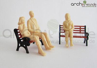 8 x Modell Figuren sitzende unbemalt, für Modellbau 1:25 LGB Spur G, ohne Bank!