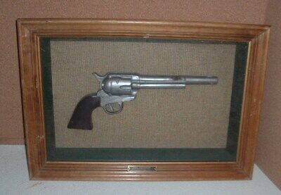 vtg. display of the colt peacemaker 45 cal.single action u.s. cavalry mod. 1873
