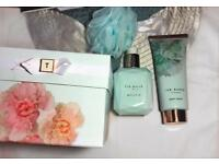 Ted Baker!! WORTH £25 !! Body lotion, loofah and body wash set