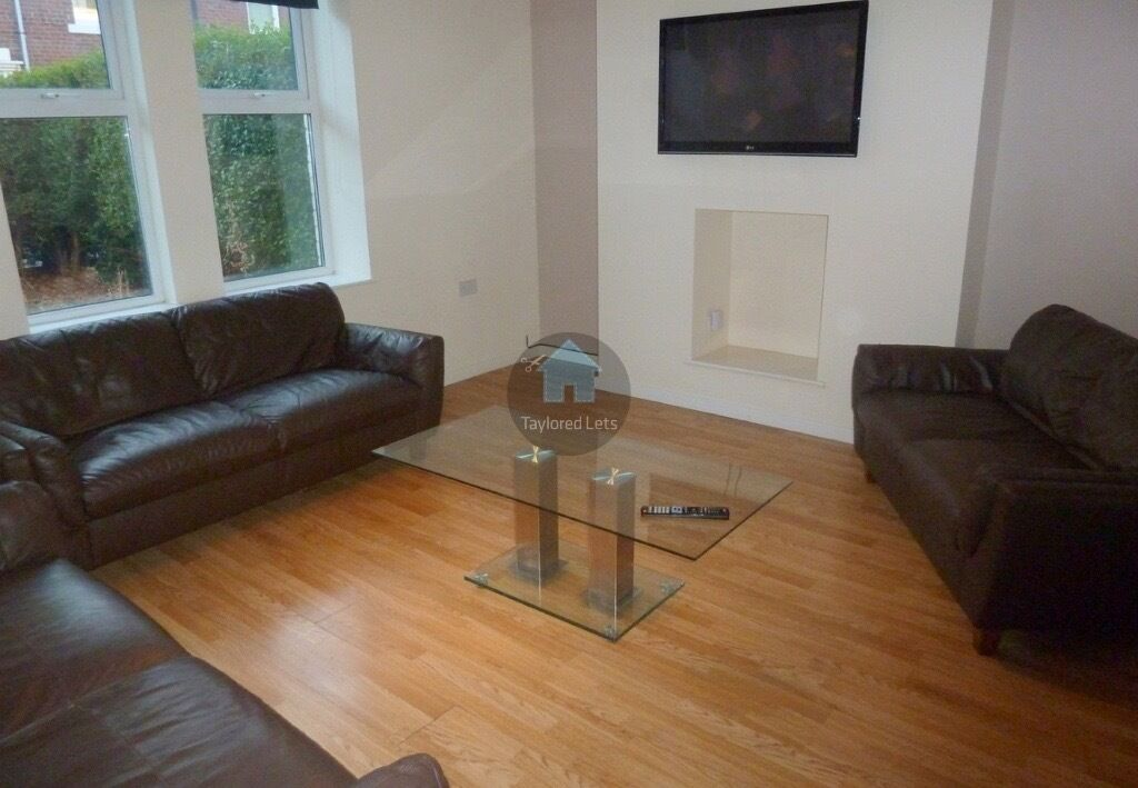 8 BEDROOM HOUSE AVAILABLE FROM 01/09/17 IN HEATON, NE6 - £79pppw