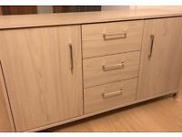 Sideboard (3 drawers and 2 doors)