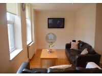 STUDENT HOUSE SHARE HEATON AVAILABLE 01/08/18 - £300-£355pcm