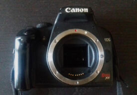 Canon Rebel XS and Zoom Lens 18-55mm