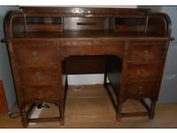 Antique solid oak roll-top desk