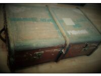 VINTAGE STORAGE TRUNK Hinged Large Case Leather Wood Metal Brown 31 x 20.5 x 13 Inches Luggage Case