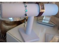 New White Faux Leather Boutique Style Jewellery Bar.