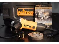 "TRITON TX100 4"" (100mm) ANGLE GRINDER in case 240v & CUTTING DISCS"