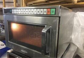PANASONIC COMMERCIAL MICROWAVE OVEN 1800 WATTS VERY POWERFUL FOR RESTAURANTS TAKEAWAYS