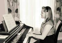 Solo piano music at special events