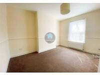 NEWLY DECORATED 3 BEDROOM UPPER FLAT IN WALLSEND AVAILABLE 15/11/21 - £550pcm