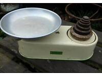 Vintage Harper weighing scales