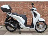 Honda SH125, As new, only 850 miles! (17REG)
